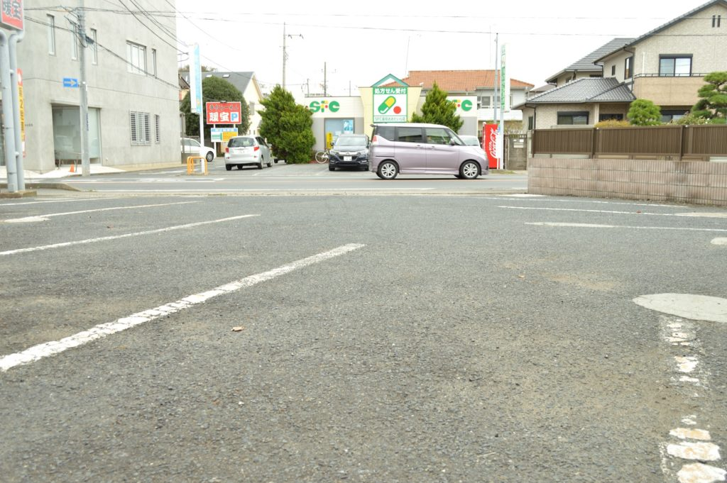ひたちなか市 暖宝 店の前の駐車場 (2)