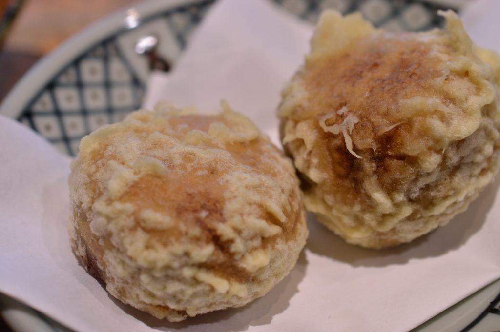 福島県 大内宿 山形屋 饅頭の天ぷら (3)