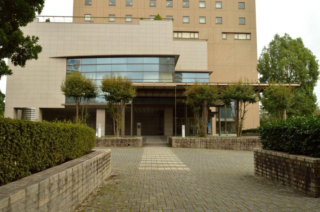 茨城県水戸市 ホテルレイクビュー 日本料理 花結び ホテルの入り口の外観