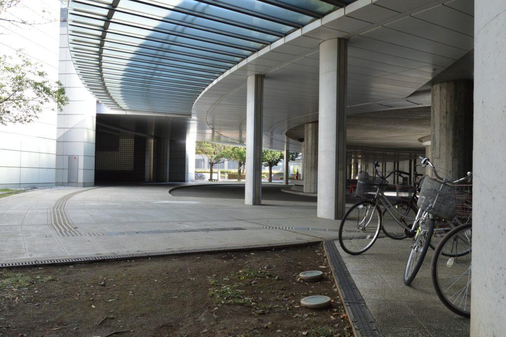 茨城県 県庁 駐輪場 (2)