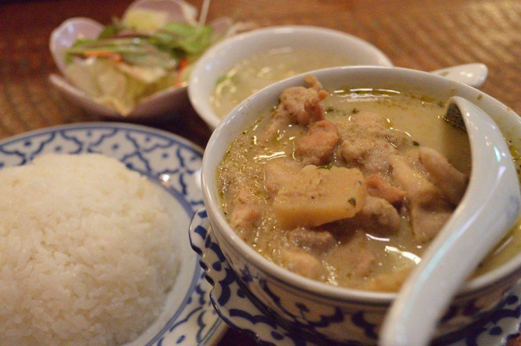 茨城県ひたちなか市 タイ料理 ラカントーン グリーンカレー