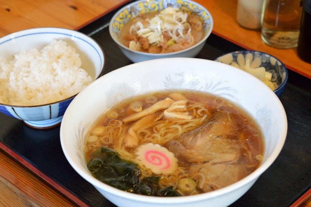 茨城県日立市 ラーメン千歳 Aラーメン定食 (1)