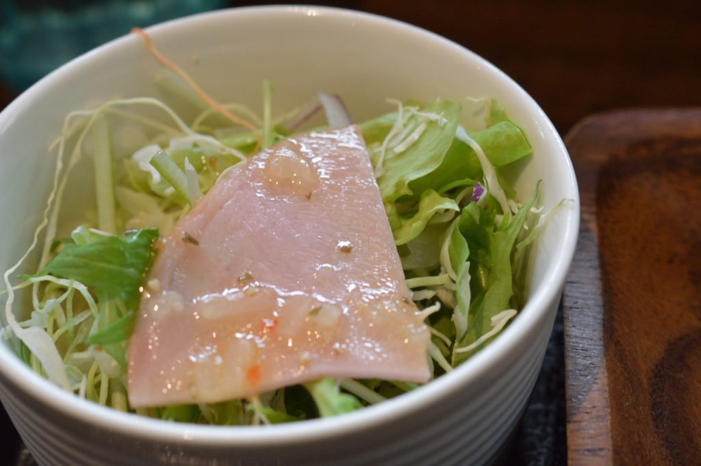 茨城県水戸市 中華食堂醤 黒酢豚 サラダ