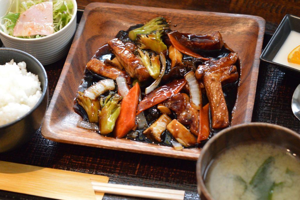 茨城県水戸市 中華食堂醤 黒酢豚 (8)