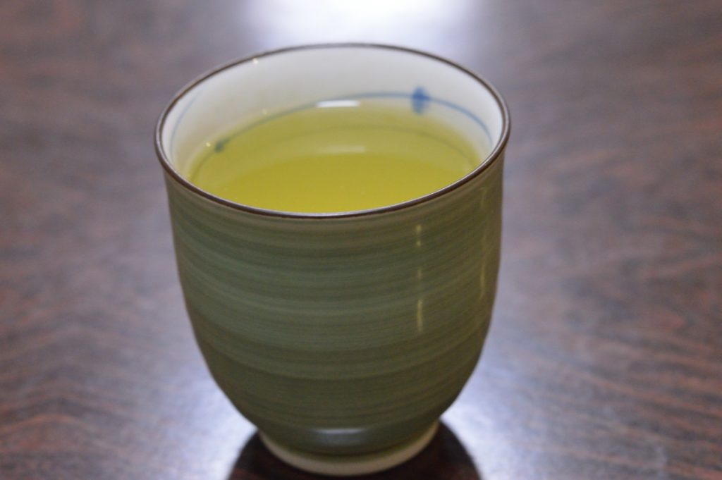 茨城県水戸市 鳥半 ローストチキン お茶