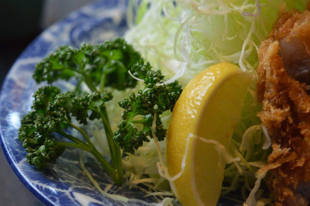 021_茨城県ひたちなか市 とん竹 レモンとパセリ