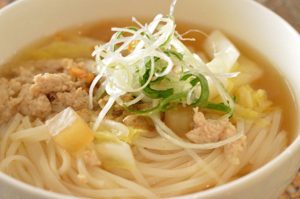01_茨城県日立市 タイレストランクンシャーン _73 クイティアオセンレック 麺
