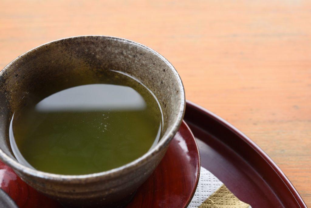 02 028 どんぐり11 緑茶