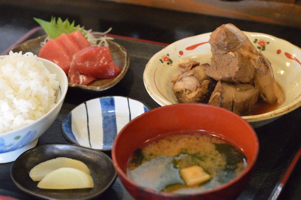 04 006 雑魚屋 煮魚定食