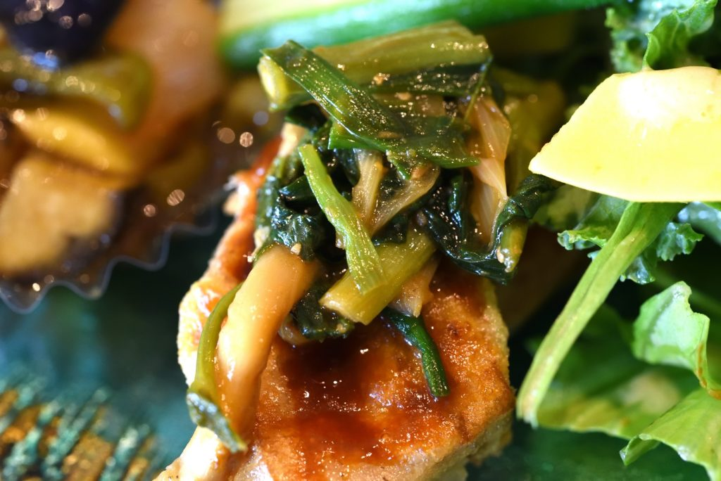 gley style cafe ランチ 車麩のステーキ 空心菜 エリンギ ニラのせ