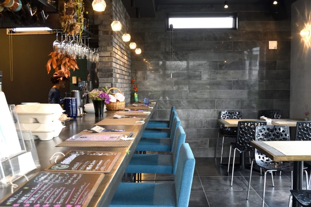 gley style cafe 店内 カウンター