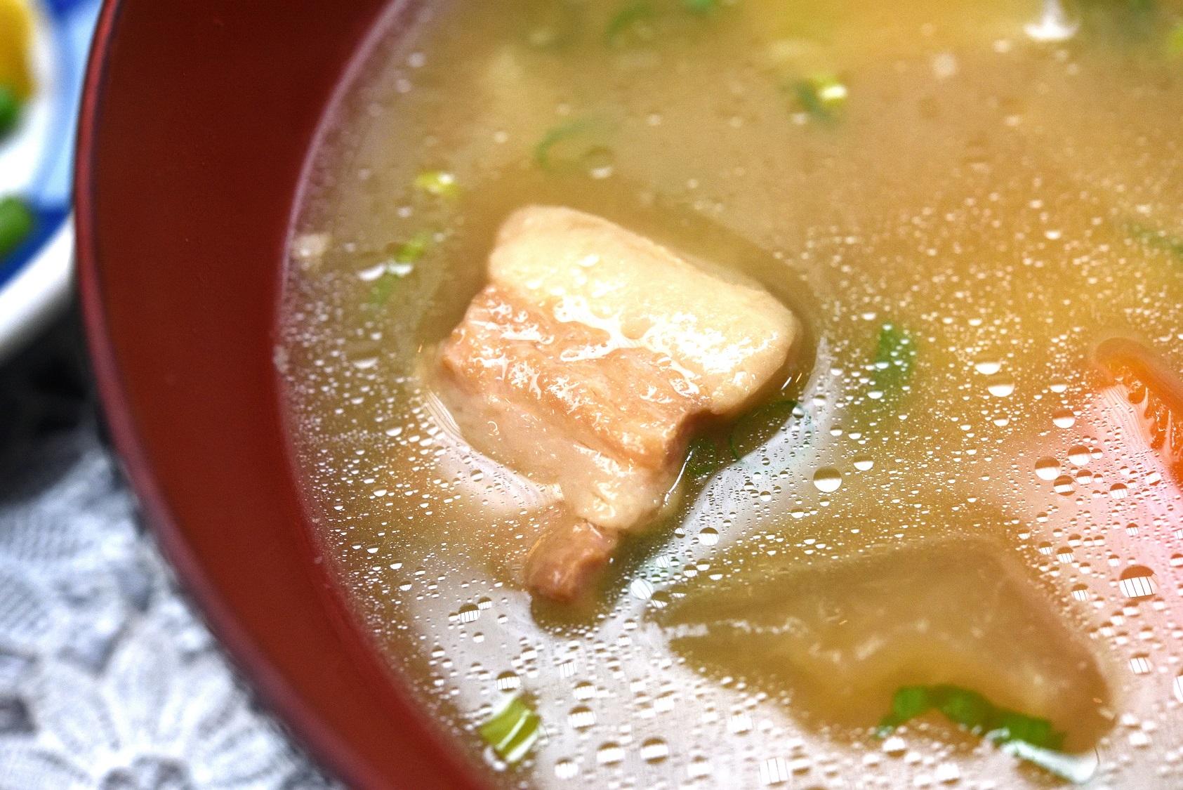 煮込みソースカツ丼 なかじま 豚汁
