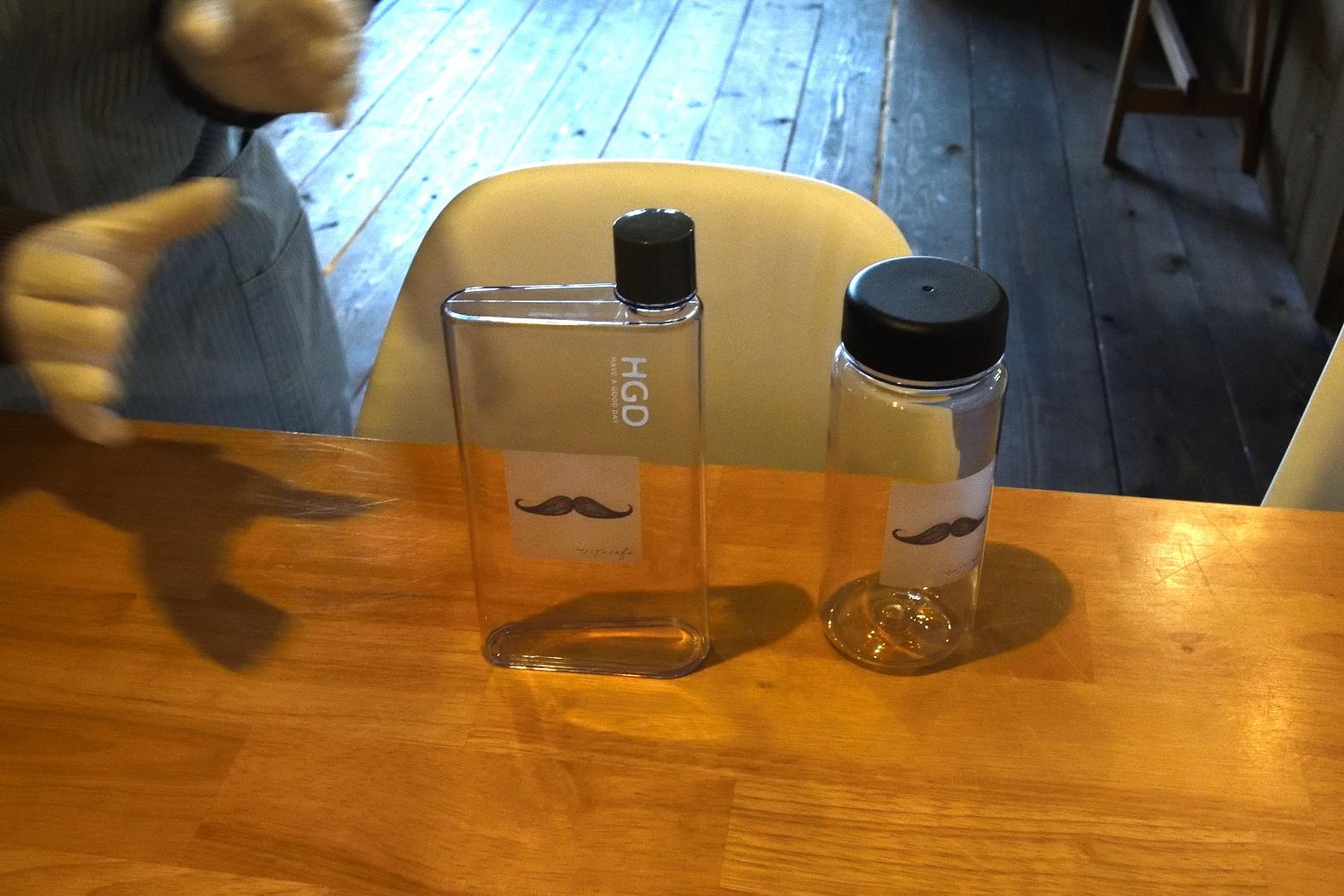 ひげのカフェ ボトル