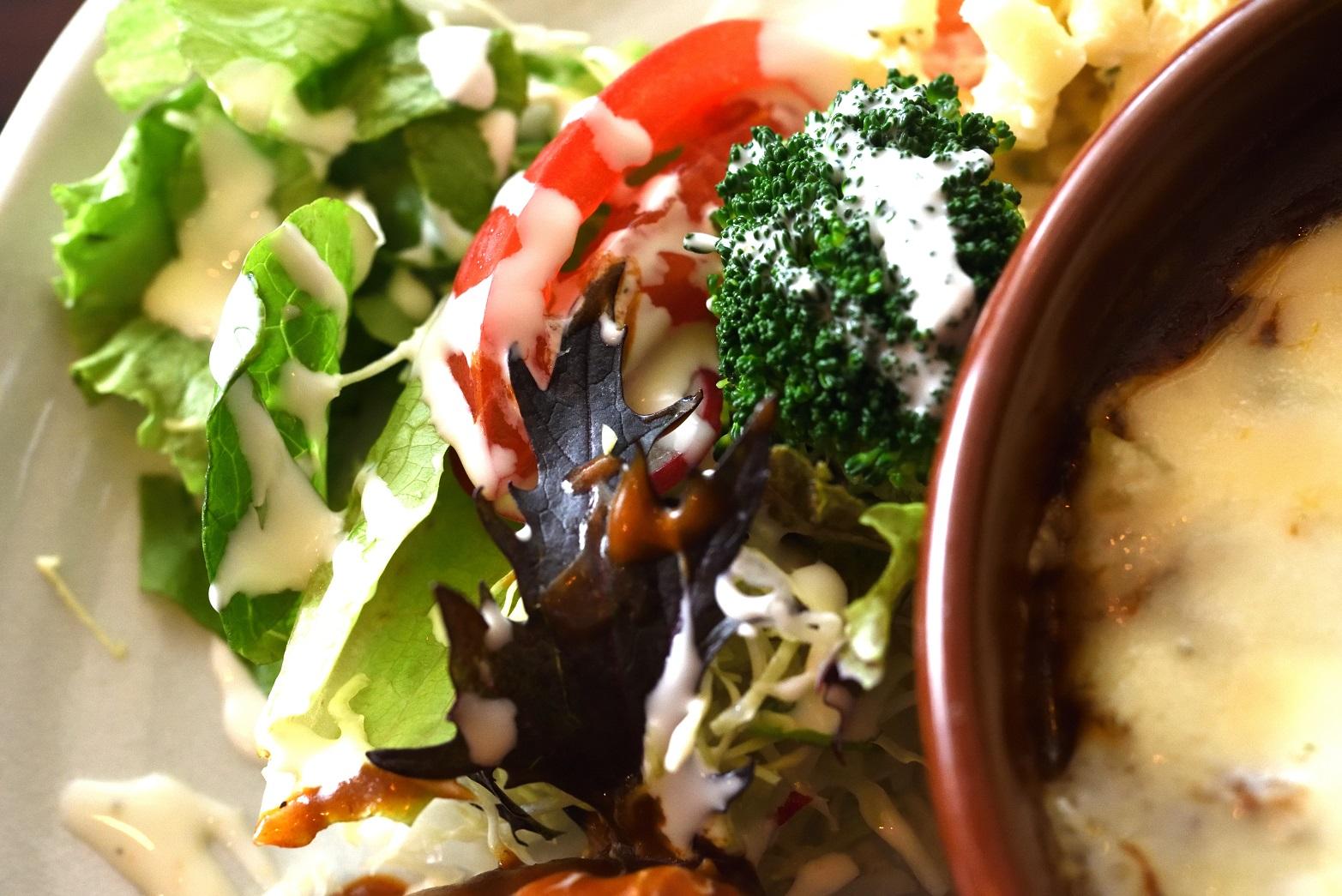 花キャベツ ドリア サラダ