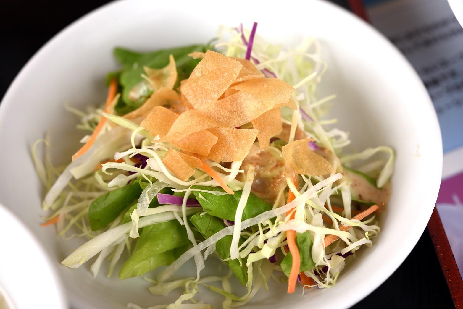 ラオパン飯店 サラダ
