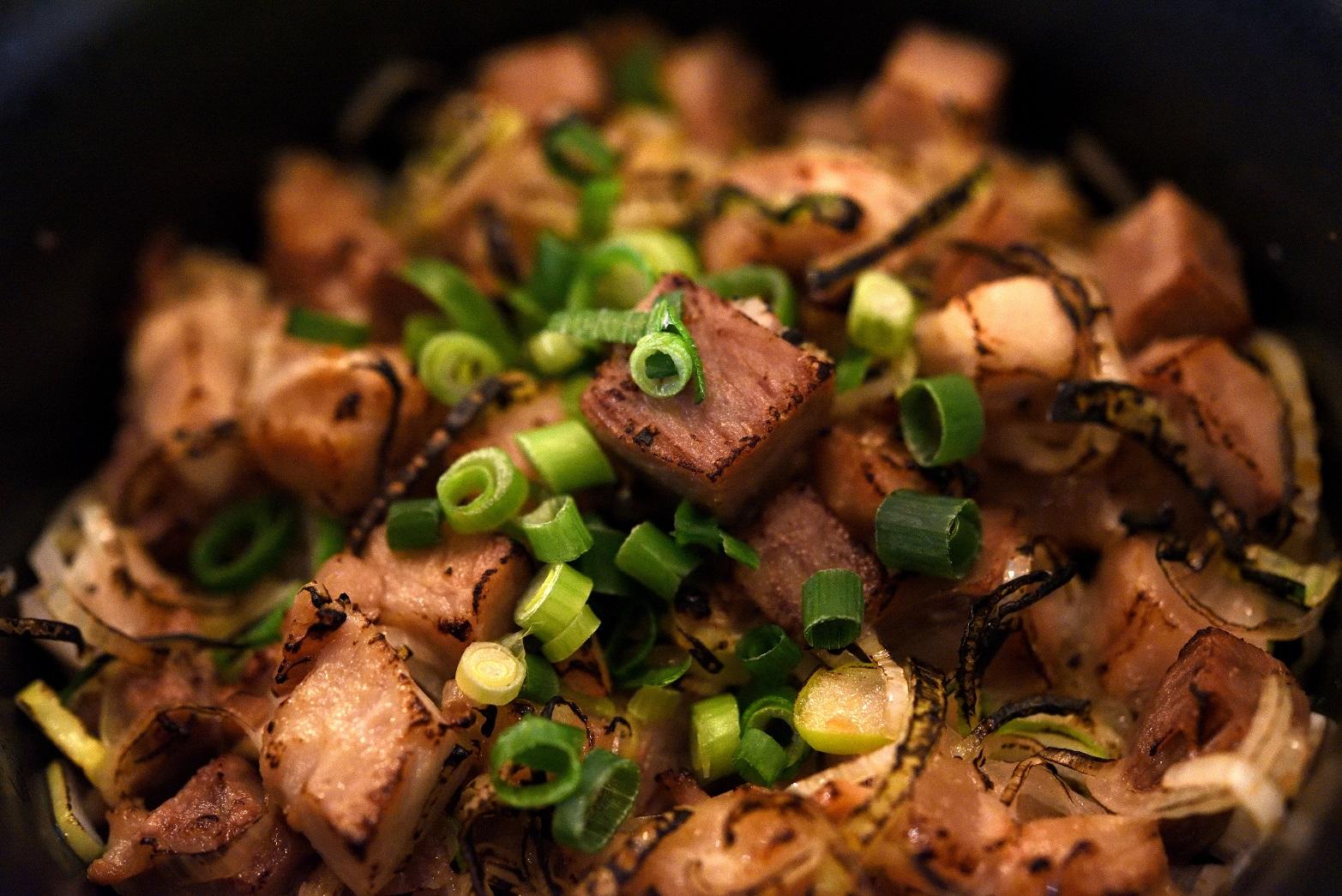 北海道みそらーめん専門店 志のや 炙りネギチャーシュー丼