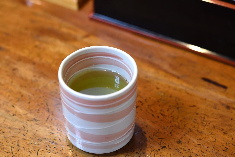 うなぎの店 東條 緑茶