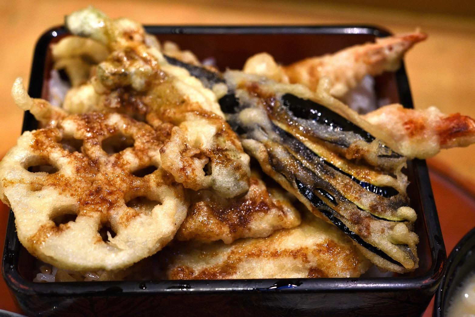 寿司割烹末広 天重